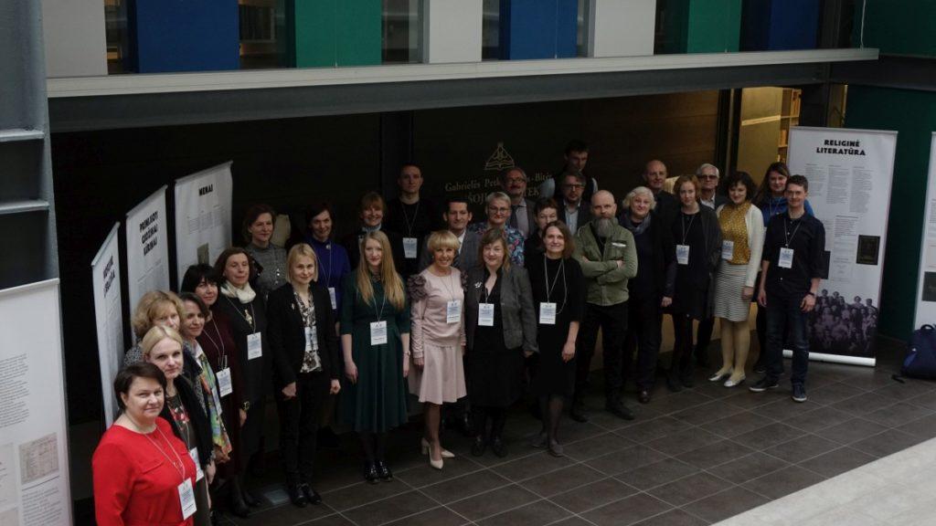 Konferencijos dalyviai bendra nuotrauka
