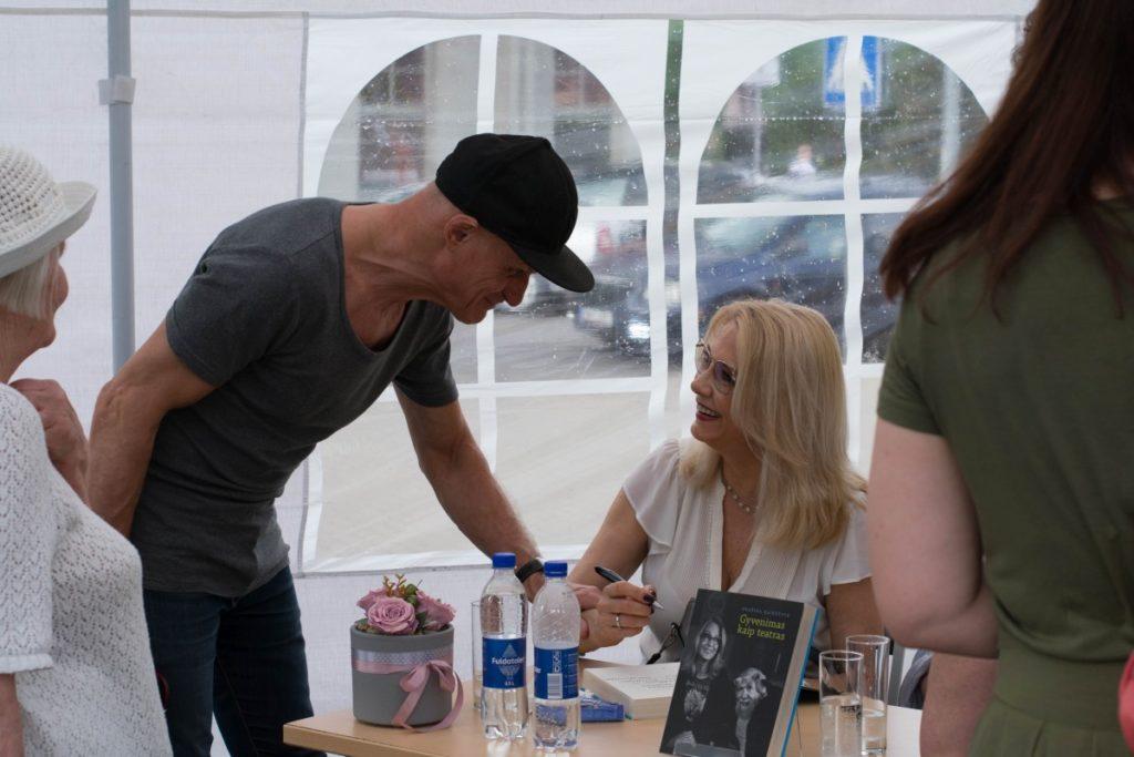 Vasaros knygų fiesta. Aktorė rašytoja Gražina Baikštytė
