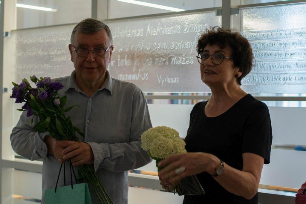 Stasio Eidrigevičiaus menų centro direktoriaus pavaduotoja Rima Maselytė parodos autoriui pasiūlė rašyti dienoraštį