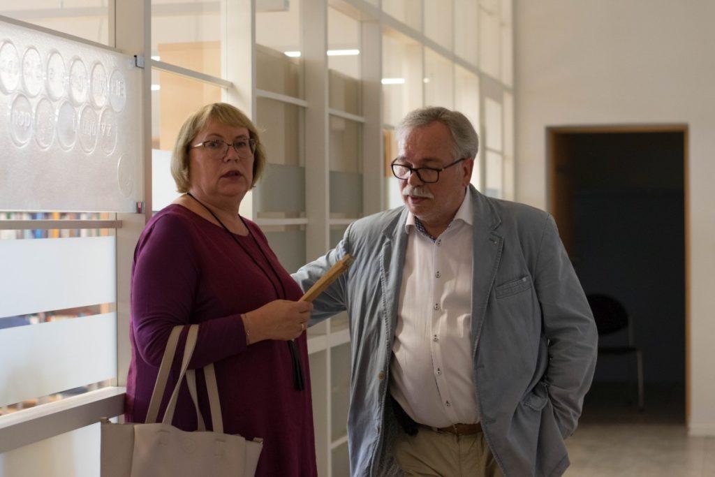 Panevėžio miesto mero pavaduotojas Valdemaras Jakštas ir jo žmona Silvija yra dideli S. Povilaičio fotomeno gerbėjai.