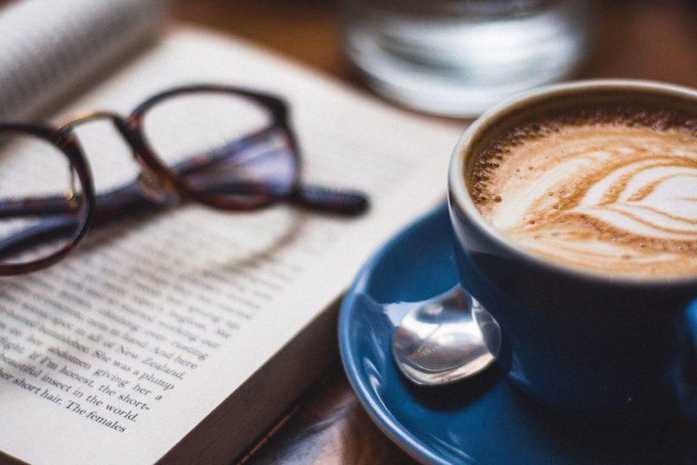 Kava ir knyga