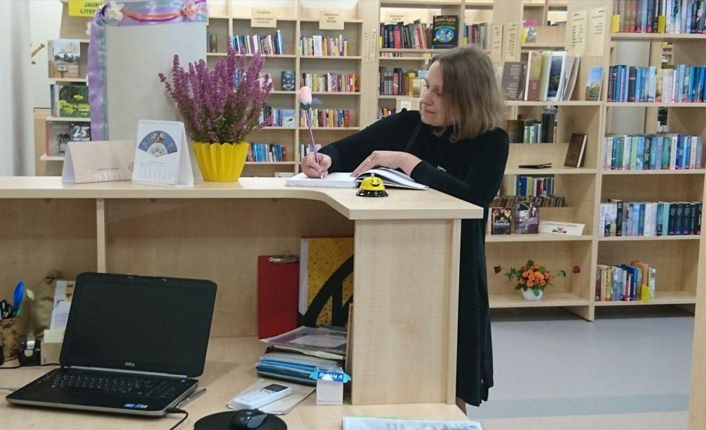 Panevėžio apskrities G. Petkevičaitės-Bitės viešosios bibliotekos direktorė J. Bugailiškienė
