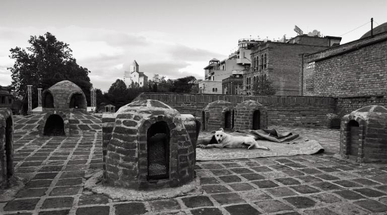 17 a. sieros stogų stogas Tbilisyje