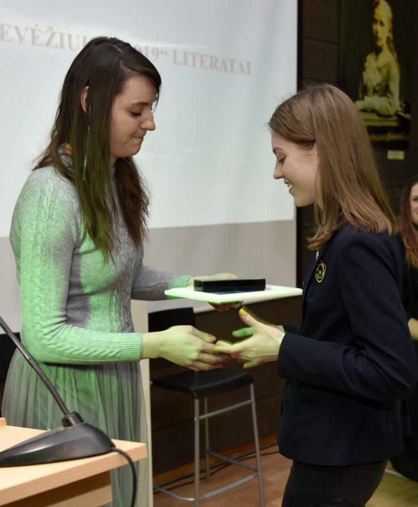 """""""Jaunųjų kūrėjų almanacho 2019"""" sutiktuvės ir """"Sidabrinio Nevėžio"""" apdovanojimai"""