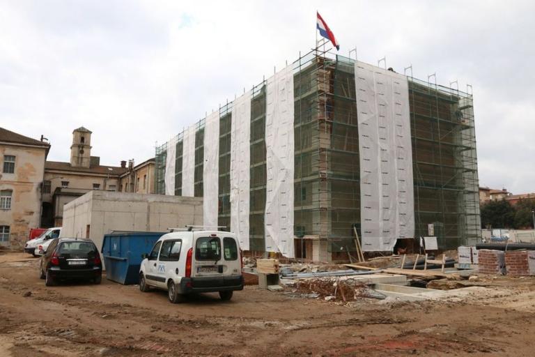 Vaikų biblioteka įsikurs atnaujintame buvusios variklių gamyklos pastate