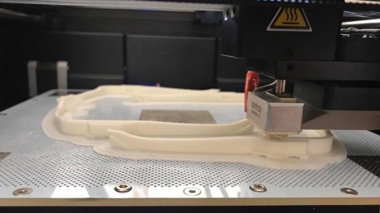 3D spausdinti akinių rėmai