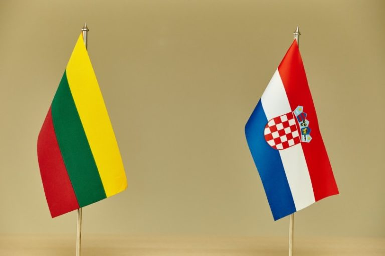 Lithuania-Croatia-flags